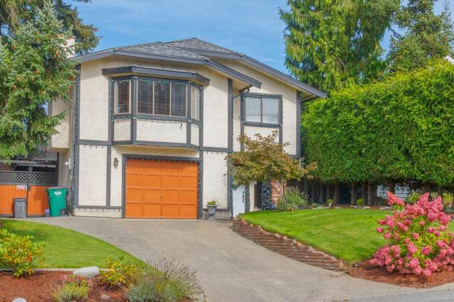 770 Mann Ave, Saanich, BC V8Z 3C2 (MLS #855881) :: Day Team Realty