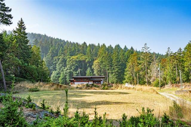 5582 Hooson Rd, Pender Island, BC V0N 2M1 (MLS #855978) :: Day Team Realty