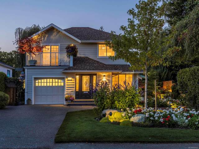 2326 Orchard Ave, Sidney, BC V8L 1T6 (MLS #856153) :: Day Team Realty