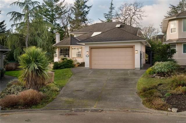 1187 Foxridge Crt, Saanich, BC V8Y 3C7 (MLS #863607) :: Day Team Realty