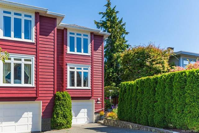 217 Russell St, Victoria, BC V9A 3X1 (MLS #871662) :: Day Team Realty