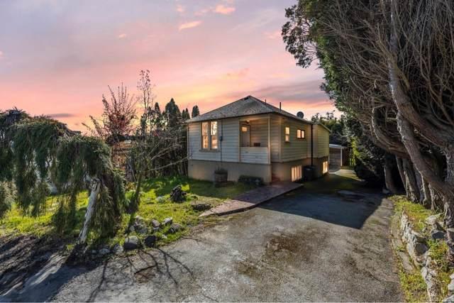 967 Doumac Ave, Saanich, BC V8Y 1M5 (MLS #872510) :: Call Victoria Home