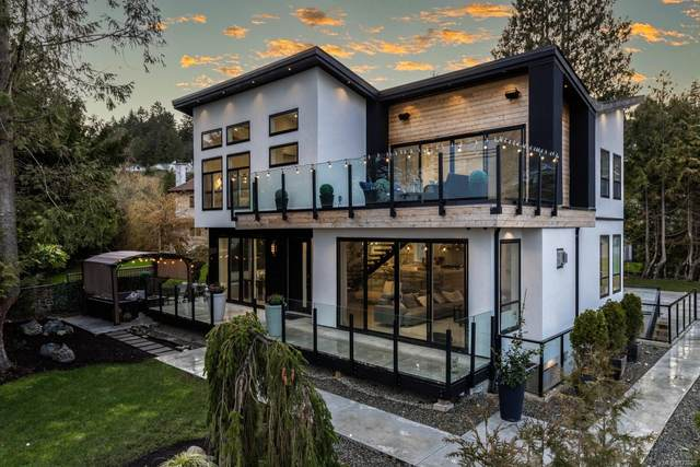 5064 Cordova Bay Rd, Saanich, BC V8Y 2K4 (MLS #872620) :: Call Victoria Home
