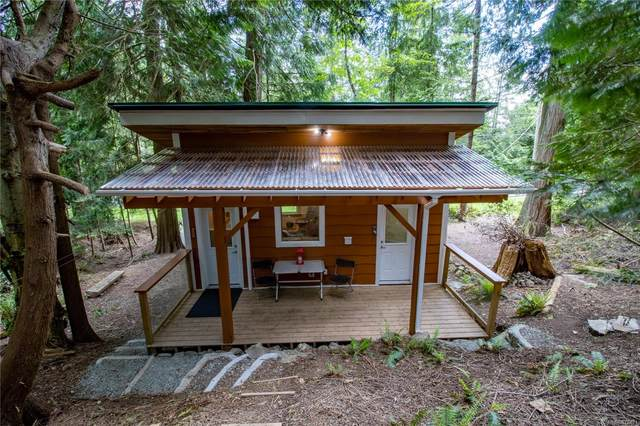 4617 Ketch Rd, Pender Island, BC V0N 2M2 (MLS #876421) :: Pinnacle Homes Group