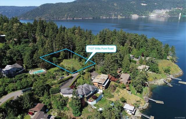 7127 Willis Point Rd, Central Saanich, BC V9E 2A1 (MLS #876686) :: Pinnacle Homes Group