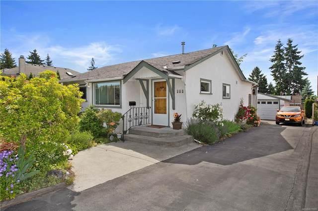 569 Hurst Ave, Saanich, BC V8Z 2L2 (MLS #877699) :: Pinnacle Homes Group