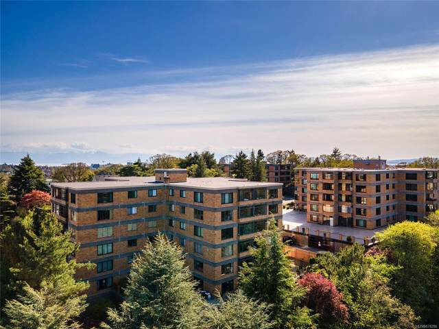 2920 Cook St #302, Victoria, BC V8T 3S7 (MLS #878286) :: Day Team Realty
