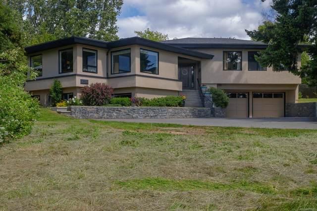 4338 Harder Rd, Saanich, BC V8Z 5L4 (MLS #878629) :: Pinnacle Homes Group