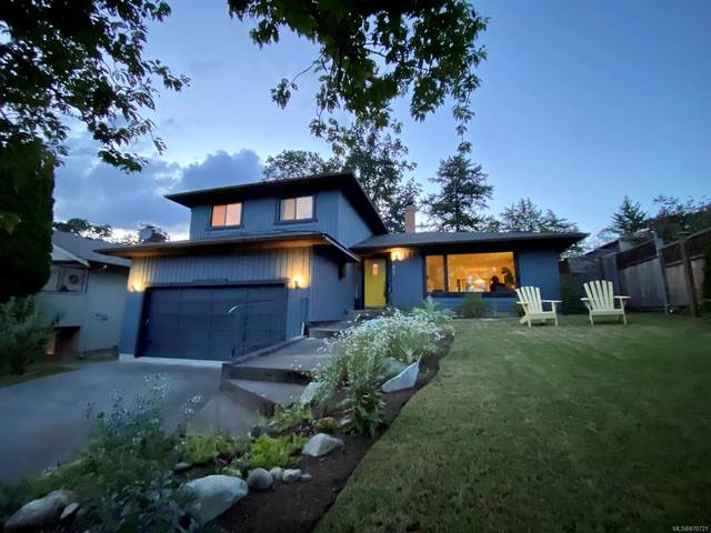 972 Damelart Way, Central Saanich, BC V8M 1C2 (MLS #878721) :: Pinnacle Homes Group