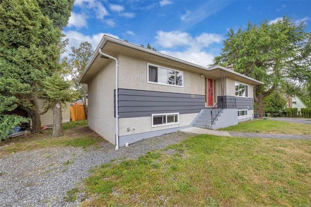 1819 Dunnett Cres, Saanich, BC V8N 2P4 (MLS #878872) :: Pinnacle Homes Group