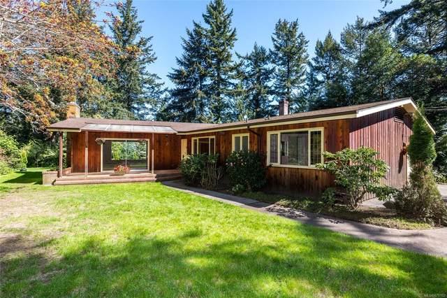 10932 Inwood Rd, North Saanich, BC V8L 3X9 (MLS #879182) :: Pinnacle Homes Group