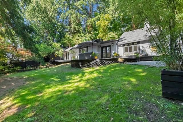 558 Birch Rd, North Saanich, BC V8L 5S2 (MLS #879327) :: Pinnacle Homes Group