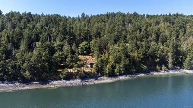 6900 Pirates Rd, Pender Island, BC V0N 2M2 (MLS #883245) :: Pinnacle Homes Group