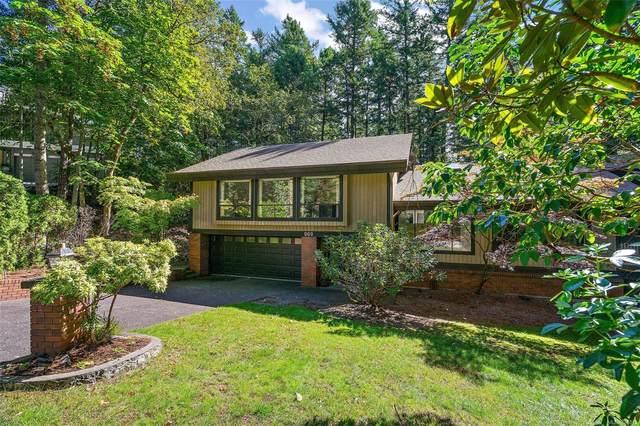 969 Sunnywood Crt, Saanich, BC V8X 4N6 (MLS #886815) :: Pinnacle Homes Group