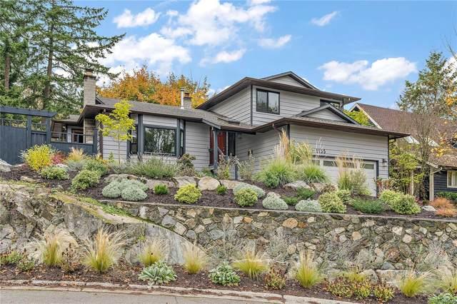 1135 Mcbriar Ave, Saanich, BC V8X 3M7 (MLS #888226) :: Pinnacle Homes Group