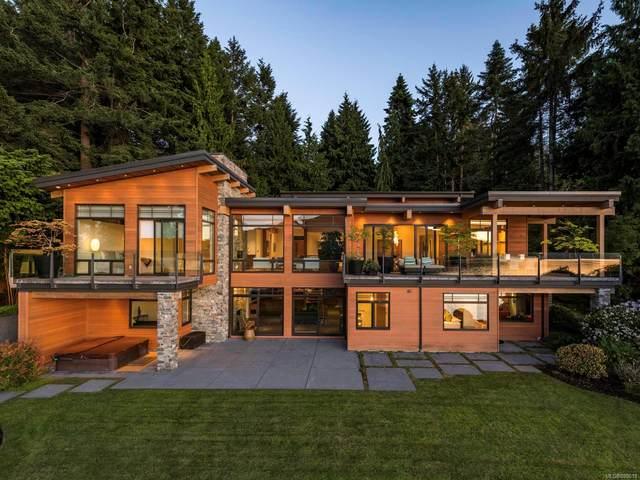 702 Lands End Rd, North Saanich, BC V8L 5K5 (MLS #888618) :: Call Victoria Home