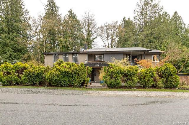 1031 Sluggett Rd, Central Saanich, BC V8M 1J1 (MLS #872825) :: Pinnacle Homes Group