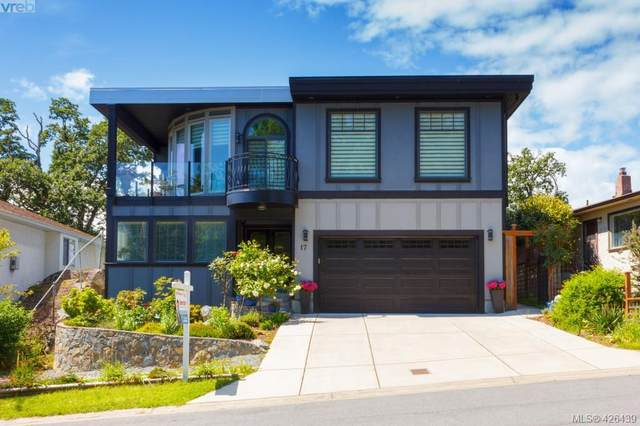 17 Eaton Ave, Victoria, BC V8Z 5C9 (MLS #426439) :: Day Team Realty