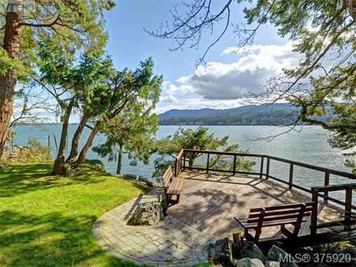 2801 Whiskey Point Rd, Malahat & Area, BC V0R 2P2 (MLS #375920) :: Day Team Realtors