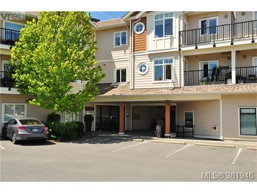 7088 West Saanich Rd #301, Central Saanich, BC V8M 1P9 (MLS #381946) :: Day Team Realtors