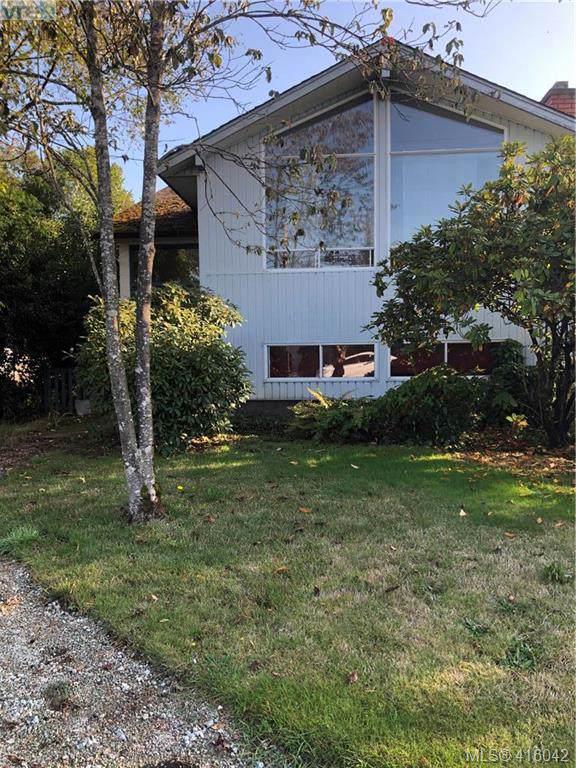 10478 Resthaven Dr, Sidney, BC V8L 3H7 (MLS #416042) :: Live Victoria BC