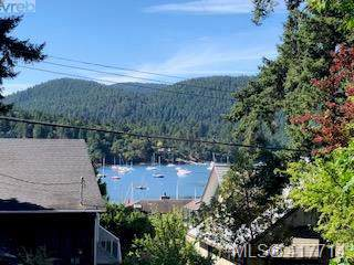 776 Harding Lane Lot A, Central Saanich, BC V8M 2G2 (MLS #417714) :: Day Team Realty