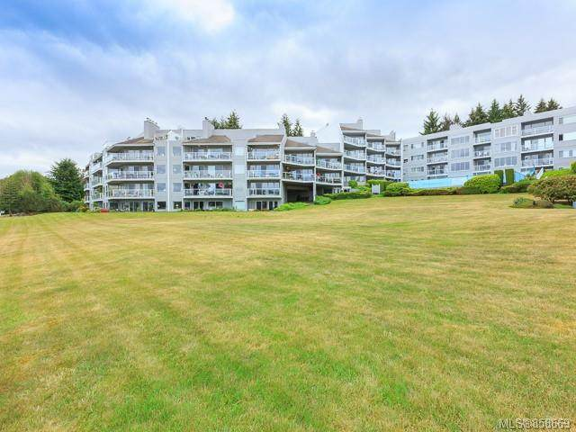 2562 Departure Bay Rd #510, Nanaimo, BC V9S 5P1 (MLS #858669) :: Day Team Realty