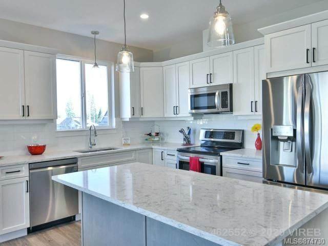 758 Salal St, Campbell River, BC V9W 0E6 (MLS #874730) :: Call Victoria Home