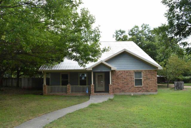 407 N Main, Meridian, TX 76665 (MLS #171275) :: Magnolia Realty