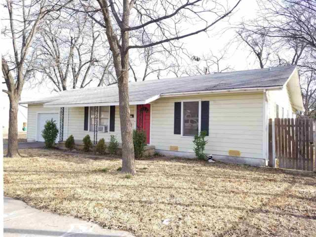 306 S Ave G, Clifton, TX 76634 (MLS #173655) :: Magnolia Realty