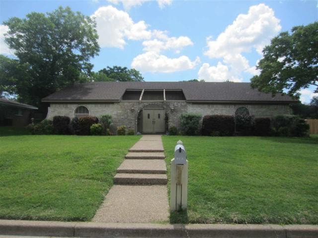 716 Ivy Ann Dr, Woodway, TX 76712 (MLS #175250) :: A.G. Real Estate & Associates