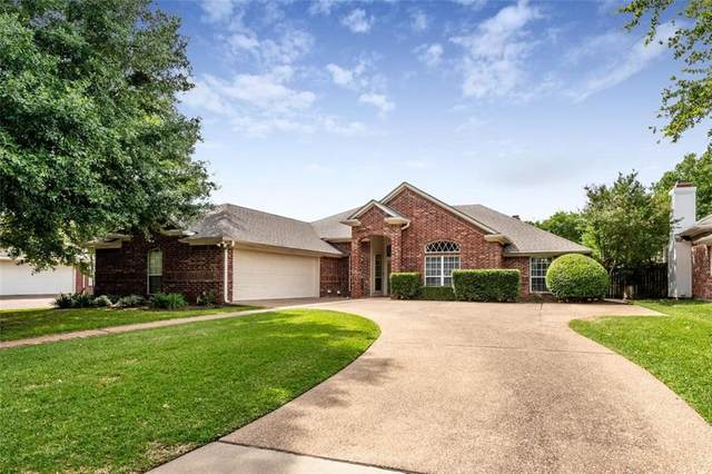 1220 Meadow Mountain Drive, Woodway, TX 76712 (#195476) :: Zina & Co. Real Estate