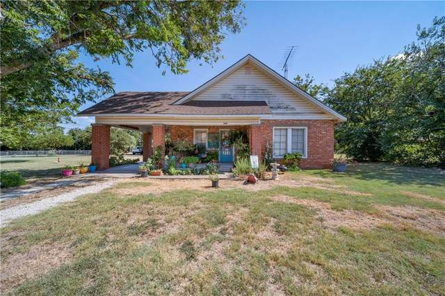 260 W 6th Street, Crawford, TX 76638 (MLS #196940) :: A.G. Real Estate & Associates
