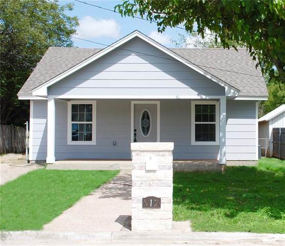 812 S Tyler Street, Mcgregor, TX 76657 (MLS #197570) :: A.G. Real Estate & Associates