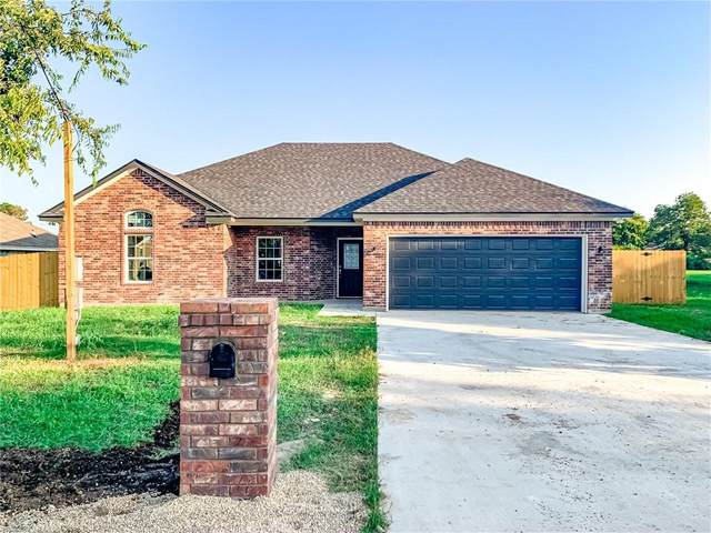 802 N 2nd Street, Mcgregor, TX 76657 (MLS #197929) :: A.G. Real Estate & Associates