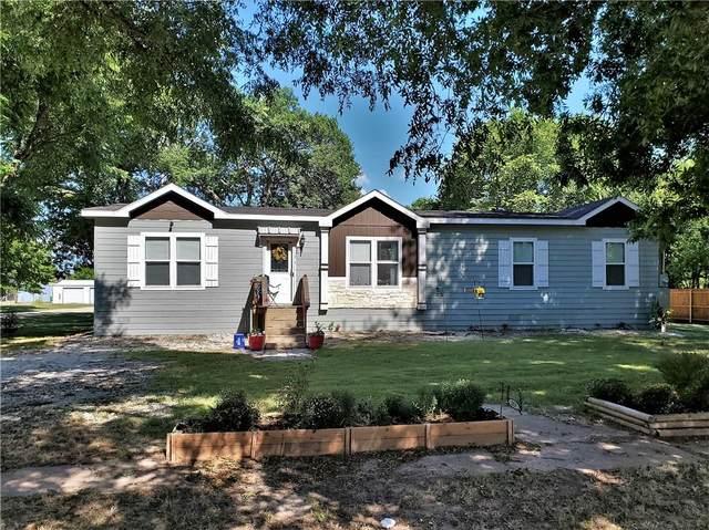 203 S Myrtle, Kosse, TX 76653 (#198525) :: Zina & Co. Real Estate