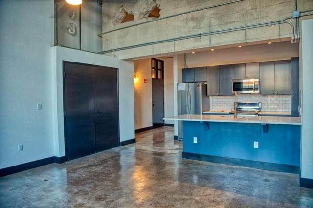 219 S 4th Street #110, Waco, TX 76701 (#198816) :: Homes By Lainie Real Estate Group