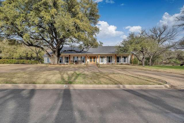 227 Oak Creek Circle, Mcgregor, TX 76657 (MLS #199644) :: A.G. Real Estate & Associates