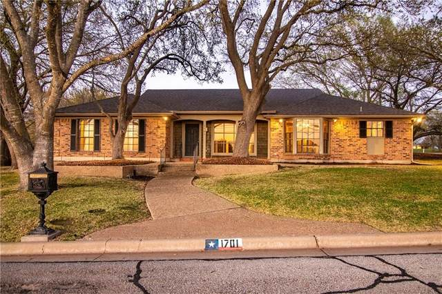 1701 Ridgewood Drive, Waco, TX 76710 (MLS #200560) :: A.G. Real Estate & Associates