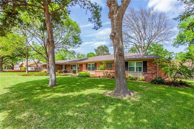 501 Wooded Crest Drive, Woodway, TX 76712 (MLS #200605) :: A.G. Real Estate & Associates