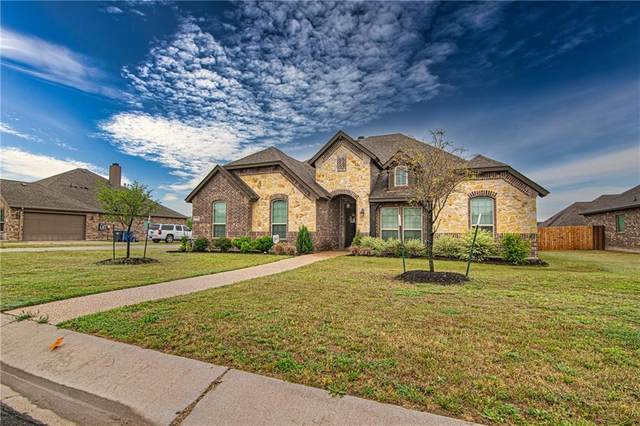 255 Woodhaven Trail, Mcgregor, TX 76657 (#200787) :: Zina & Co. Real Estate