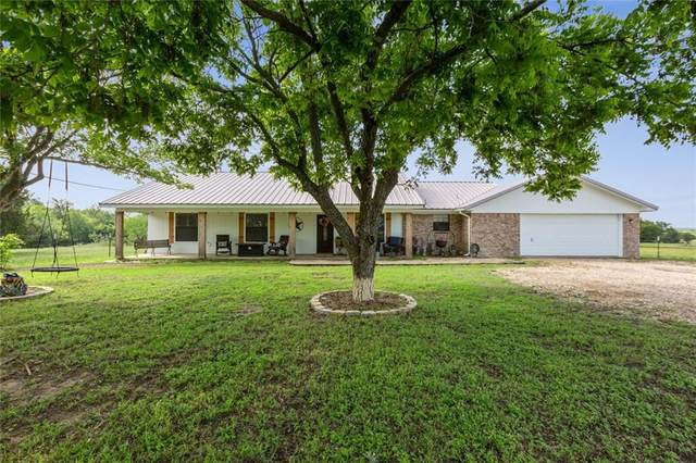1219 Meandering, China Spring, TX 76633 (#201002) :: Homes By Lainie Real Estate Group