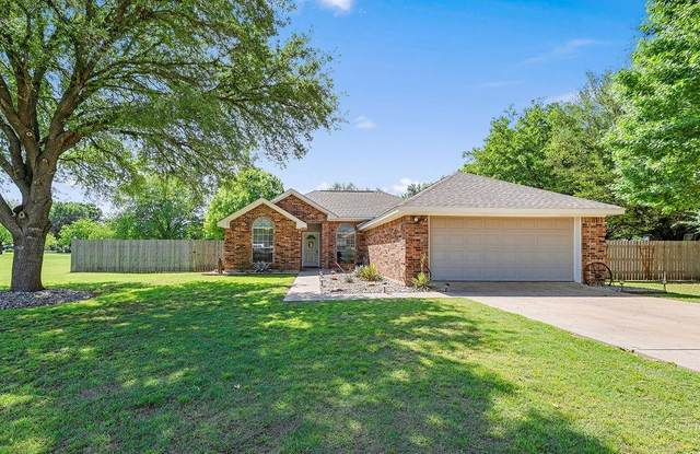 102 Barry Hand Lane, Waco, TX 76705 (#201005) :: Homes By Lainie Real Estate Group