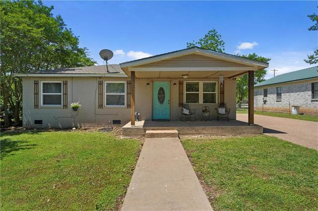 204 N Jackson, Mcgregor, TX 76657 (MLS #201086) :: A.G. Real Estate & Associates