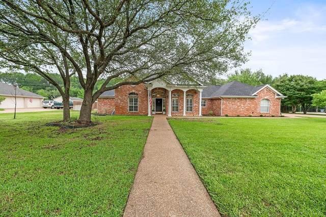 114 Greentree Drive, Crawford, TX 76638 (MLS #201144) :: A.G. Real Estate & Associates