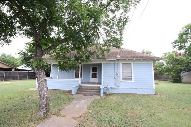 716 W 4th Street, Mcgregor, TX 76657 (MLS #202039) :: A.G. Real Estate & Associates