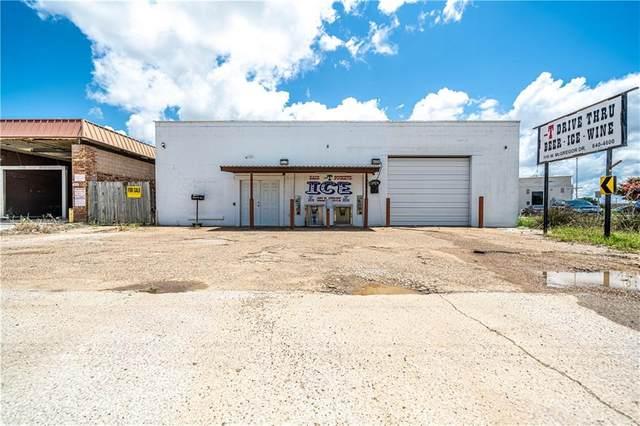1110 W Mcgregor Drive, Mcgregor, TX 76657 (MLS #202220) :: A.G. Real Estate & Associates