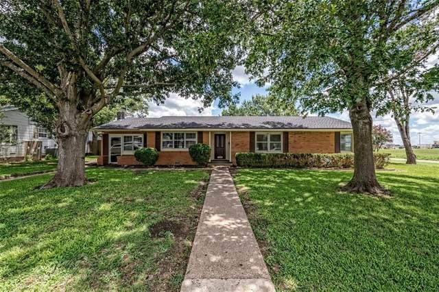 1022 S Harrison Street, Mcgregor, TX 76657 (MLS #202272) :: A.G. Real Estate & Associates