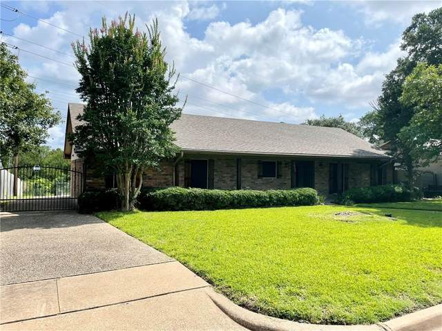 1025 Montclair Drive, Waco, TX 76710 (#202397) :: Homes By Lainie Real Estate Group