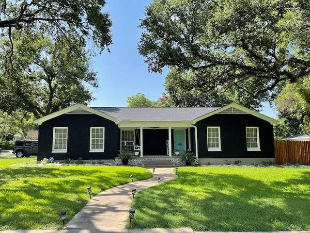 3025 Colcord Avenue, Waco, TX 76707 (#202591) :: Homes By Lainie Real Estate Group
